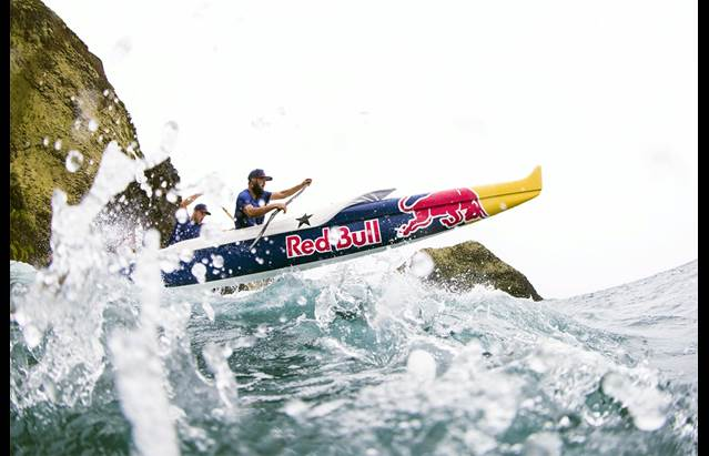 Outrigger Paddling Team - Red Bull Wa'a